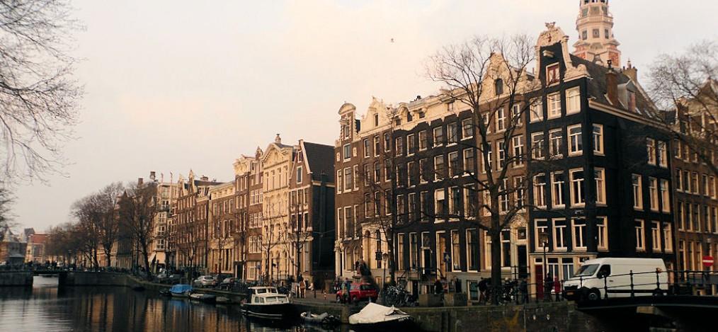 Amsterdam Zwischen Giebel Und Grachten Unterwegs Daheim