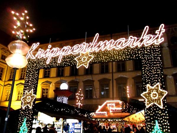 unterwegsunddaheim.de_christkindlmarkt-münchen4