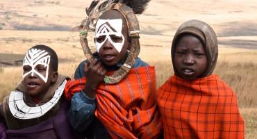 Massai Dorf in der Serengeti - ein Besuch