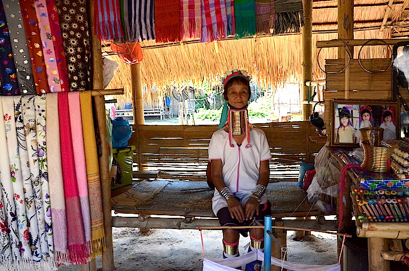 Karen Langhalsfrauen bei Chiang Rai