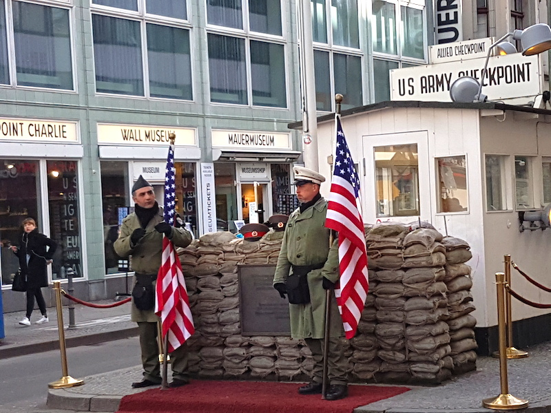 Best of Berlin - Highlights von Berlin - Checkpoint Charlie