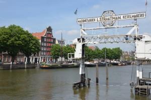 Dordrecht – die älteste Stadt von Holland ist umgeben vom Wasser