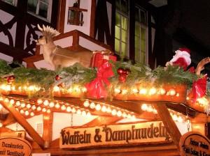 Frankfurt Römer: Budenzauber im Lichtermeer