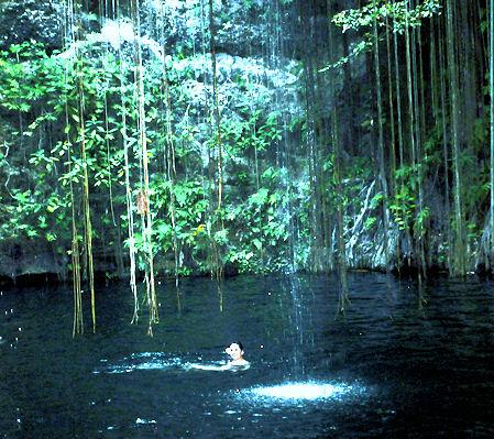 Mexiko Cenote Ik kil
