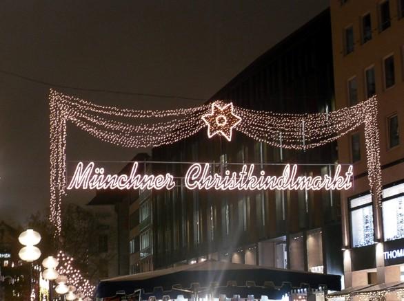 unterwegsunddaheim.de_christkindlmarkt-münchen1