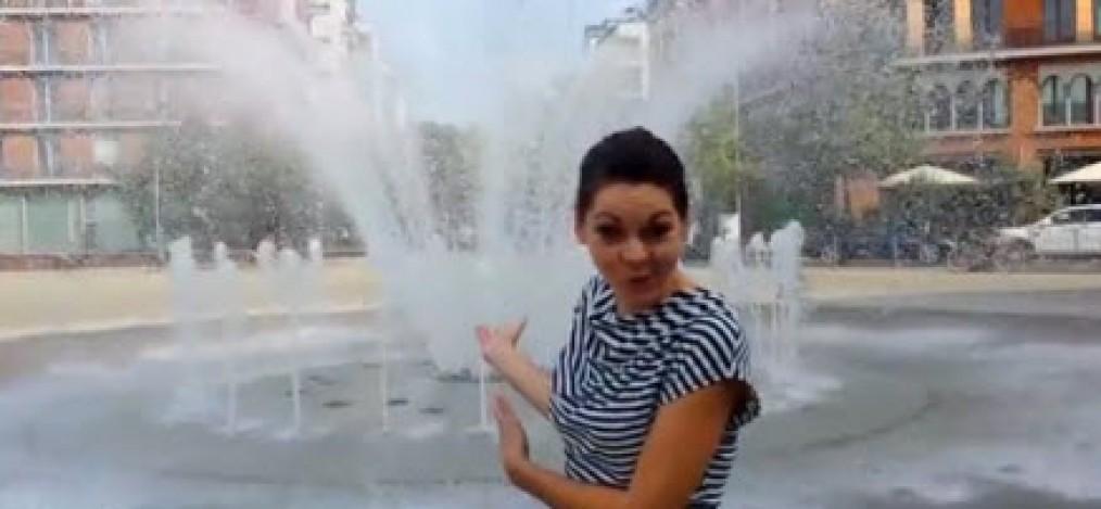 Dusche im Springbrunnen