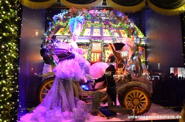 Christmas Shopping in New York: märchenhafte Schaufenster zur Weihnachtszeit