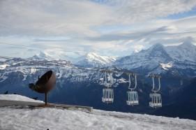 Auf dem Niederhorn mit Ausblick auf Eiger, Mönch und Jungfrau am Thunersee im Berner Oberland