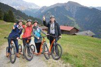 Mit dem Tretroller vom Valcaus nach Seewis